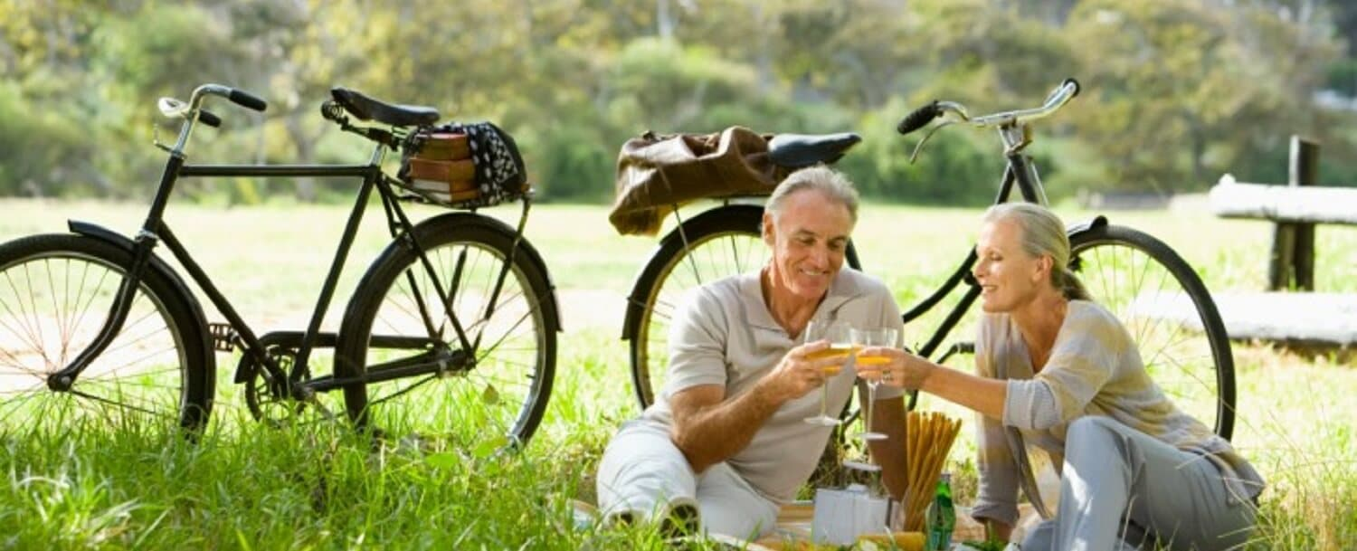 Couple on picnic