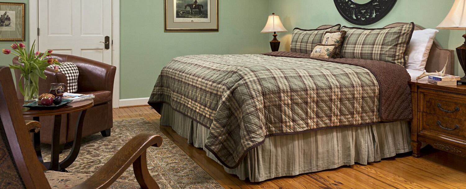 Huntingfield Guest Room Bed