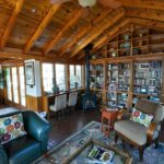 Library at Inn at Huntingfield Creek